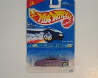 "Mattel Hot Wheels Pearl Passion  ""1994 Pearl Driver Series"""