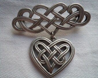 Vintage Signed JJ  Silver pewter Knotted Heart Brooch/Pin