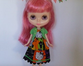 Hand Made Neo Blythe or Bratz doll Hello Kitty Halloween Dress with Matching Green Knitted Short Sleeve Cardy