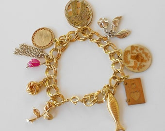 Vintage chunky charm bracelet and 1970s vintage charms Riddle and Barton  Free USA Shipping