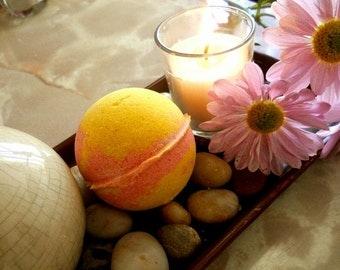 Peach Plumeria Bath Bomb 5 oz