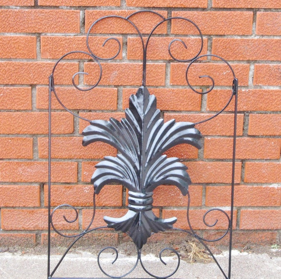 Metal fleur de lis wall decor outdoor by larsoncollection for Metal decor for outside