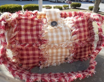 Primitive Rustic Red & Tan Wooden Bottom Rag Quilt Purse((Ready To Ship))