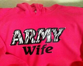 "Custom Pull-Over Hoodies ""Army Wife"""