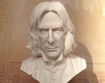 Severus Snape statuette primed for painting