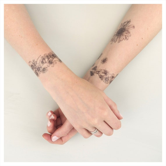 Chain Tattoo On Wrist: Daisy Chain Temporary Tattoo Kit NATURE GIRL From The Fields