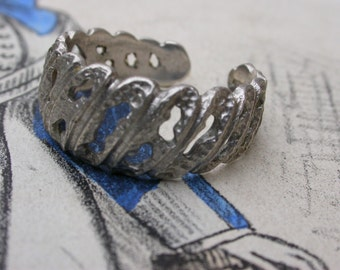 French Vintage large sterling silver ring  stamped sterling Caved solid sterling silver ring 6 7 8