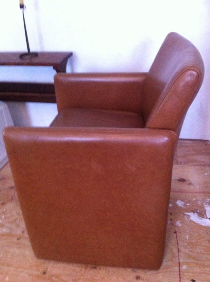 Brown vintage naugahyde chair 50s 60s great condition for Designer chairs from the 60s