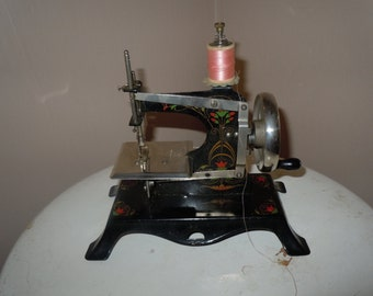 Janome Treadle Sewing Machine Table Treadle Sewing