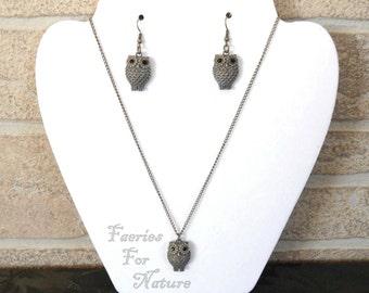 Antique Bronze Owl Necklace & Earring Set