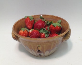 Rusty Pearl / Berry Bowl , Pottery Berry Bowl , Ceramic Berry Bowl , Pottery  , Ceramic Bowl , Colinder , Handmade Bowl , Fruit Bowl , Gift