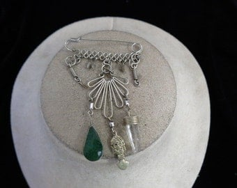 Vintage Hand Made Wire Pin