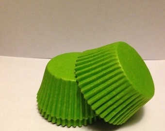 50 count - Grease Resistant Lime Green standard size cupcake liners/baking cups