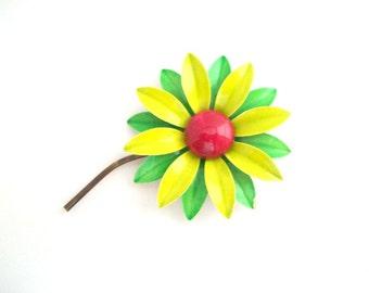 Daisy Brooch, Daisy Pin, Green Daisy Brooch, Green Daisy Pin, Flower Brooch, Flower Pin, Green Daisy, Enamel Daisy Pin, Enamel Daisy Brooch