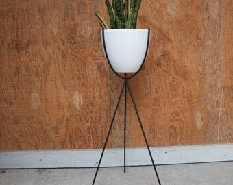 Mid Century Bullet Plant Stand (White)