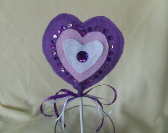 Valentine's Day plant poke; heart plant poke, light purple heart, Valentine's Day decoration, plant poke