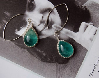 Silver earrings with green quartz