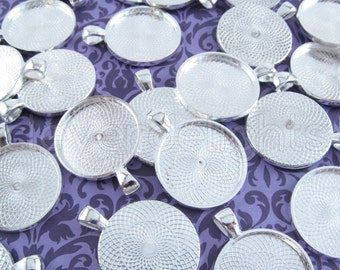"50 - 1 Inch Round Pendant Trays - Shiny Silver - Vintage Antique Style Pendant Blanks Bezel Setting 25 mm 1"" Diameter"