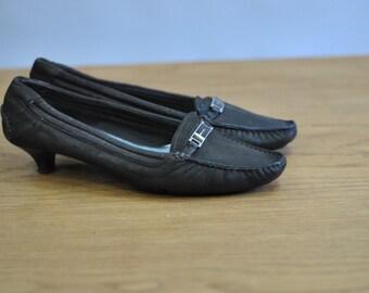 Vintage PRADA ladies leather shoes...