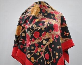 Vintage CODELLO silk scarf...(622)