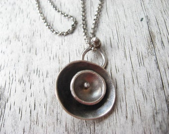 Sterling silver double saucer pendant on chain (N29)