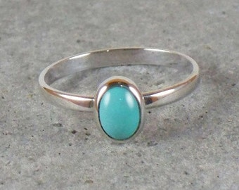 Stacking turquoise ring with 7x5mm turquoise stone / Turquoise stone ring / Oval turquoise ring / Turquoise stack ring
