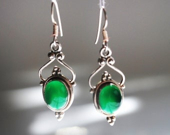 Beautiful malachite stoned silver earings