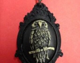 Owl Cameo Black Frame