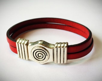 Red 2-Strand 5mm Leather Bracelet with Antique Brass/Silver Spiral Clasp