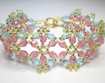 Pastel floral bracelet, flower bracelet, summer bracelet, pink and teal, czech glass, beadwork, beadwoven, pink bracelet,