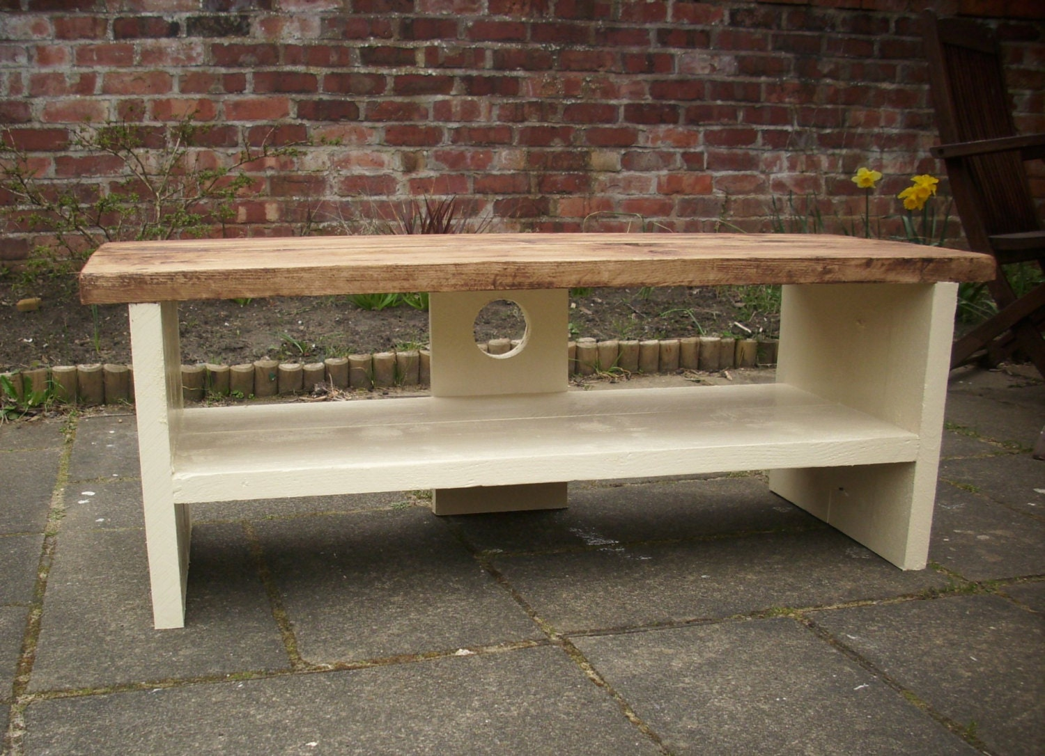 Bespoke Rustic Pine Plasma Lcd Tv Stand Solid Wood With Cream