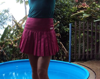 Hot pink eighties pleated Cherade polyester sports skirt waist 64cm