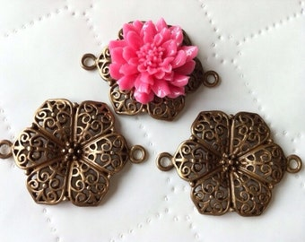 8 pcs Flower charms Pendant,antique bronze Links,Cabochon setting, 41 mm x 37 mm,connectorTibetan Connector, Links,base setting. nickel free