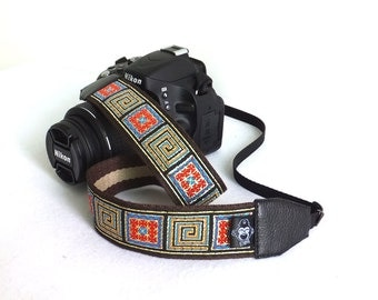 Custom DSLR Camera Strap, Patterns in the Check