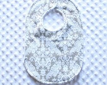 Gender Neutral Bib // Baby Girl Bib // Baby Boy Bib // Grey Damask Bib // Grey Bib // Damask Bib // Newborn Baby Gift // Baby Shower Gift