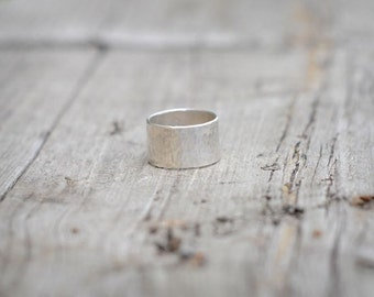 Hand hammered Silver Ring, perfect for wedding ring