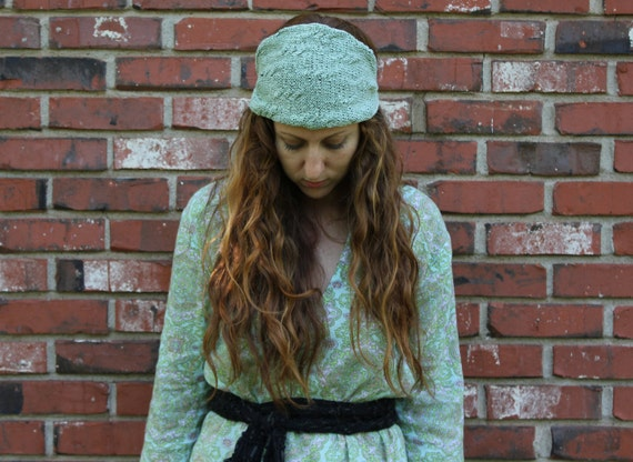 "Knit Headband Pattern - ""Urbanite Garland"""