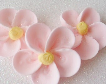 Royal Icing Five Petal Flowers