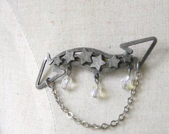 Vintage Star brooch. Celestial badge. Arrow pin. Shooting star brooch. 70s star brooch. cosmic pin.  shooting star jewelry