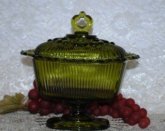 Indiana Glass Ribbed-Lace Edged Olive Green Pedestal Covered Candy Box