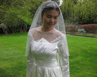 "Wedding veil. Bridal veil. Hand beaded wedding. Circular cut 42"" fingertip length veil."