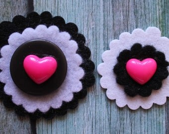 SALE - Set of 2 HEART ROUND Rockers - Sweet Handmade Felt Embellishments for Scrapbooking, Arts & Crafts - Hot Pink and Black Colour Combo