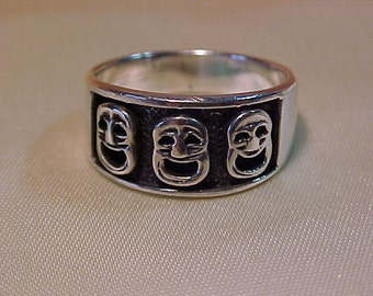 Sterling Silver .925 hallmarked-Ring-3 Laughing Faces?-Free Shipping To USA or Canada