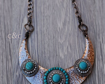 Metal necklace with tirkouaz beads and stones