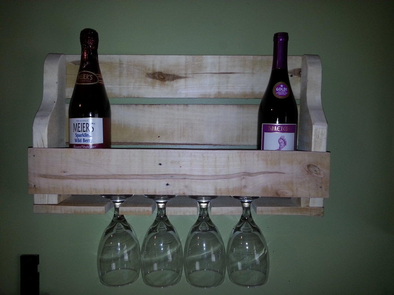 Small rustic pallet wood wine rack