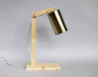 Handmade table lamp. Desk lamp. Wood lamp. Articulated lamp. Wooden lamp. Reading lamp in fir wood and tin. Office lamp.Scandinavian. Mod.n8