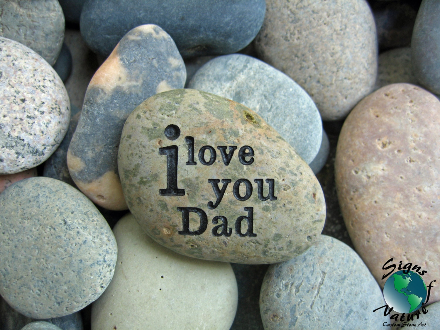 i love you dad keepsake stone 2in 3in custom hand engraved. Black Bedroom Furniture Sets. Home Design Ideas