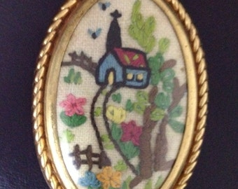 Vintage Retro English Hand Embroidered  Brooch
