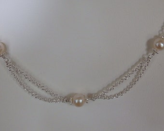 N122  Sterling silver scallop necklace, pearl necklace
