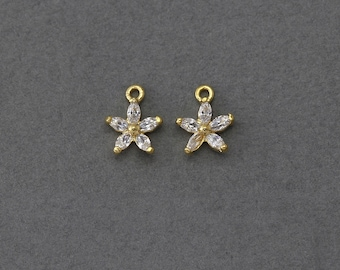 Flower Brass Pendant . Wedding Jewelry, Bridal Jewelry . 16K Polished Gold Plated over Brass  / 2 Pcs - BC084-PG-CR